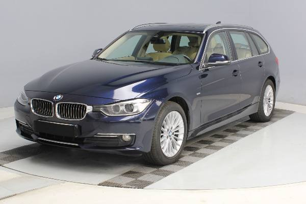320 TOURING F31 2.0D184 Luxury