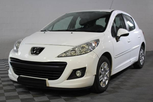207 1.4HDi70 Business Ph2 NG 5p, 2012 - 121 840km, map 4 900€