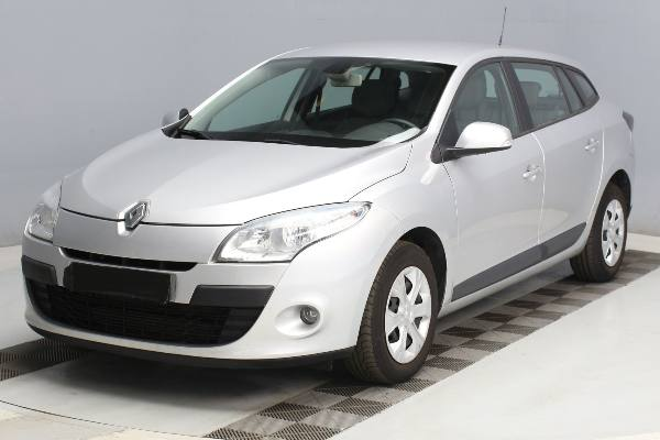 MEGANE III ESTATE 1.5DCi110 Express., 2010 - 87 604km, map 4 500€