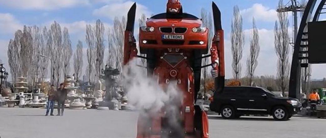 Un BMW Série 3 donne vie à un Transformers