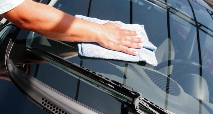 comment laver son véhicule à la maison