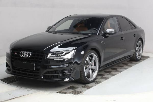 Audi S8 Plus en vente aux enchères