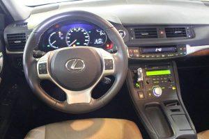 Lexus CT 200h 136 Sensation aux enchères le 7 aout à Nantes