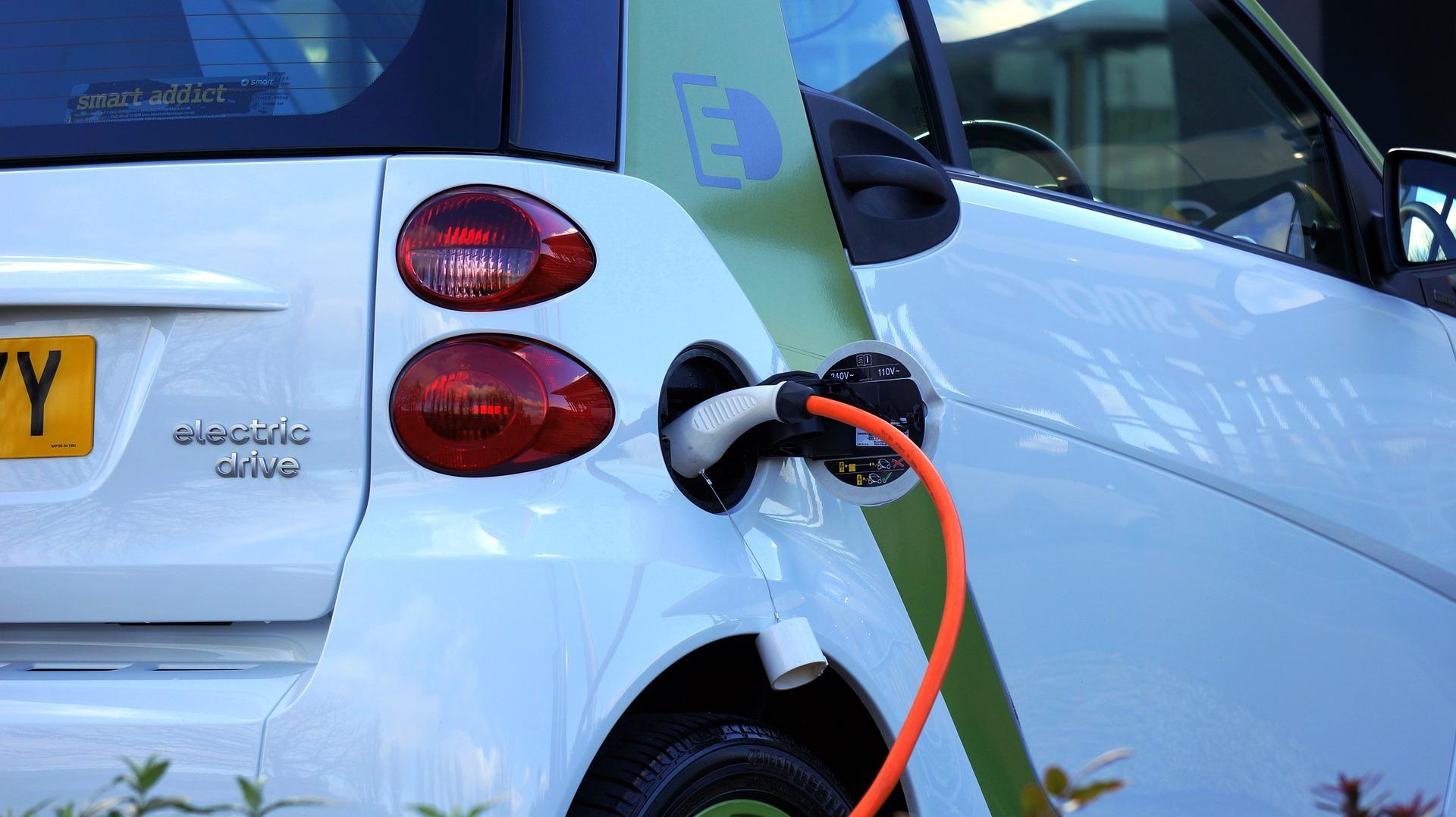 vehicule électrique recharge
