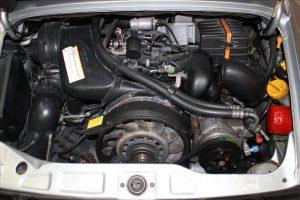 PORSCHE 911 Coupé Carrera 4