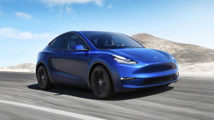 Tesla model Y 3 quart face