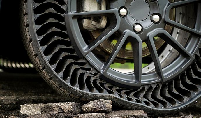 Le pneu s'adapte aux obstacles